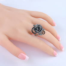 Vintage Punk Ring Unique Carved Antique Silver Flower Lucky Rings for Women Boho Beach European Jewelry Ring Wedding Party Ring