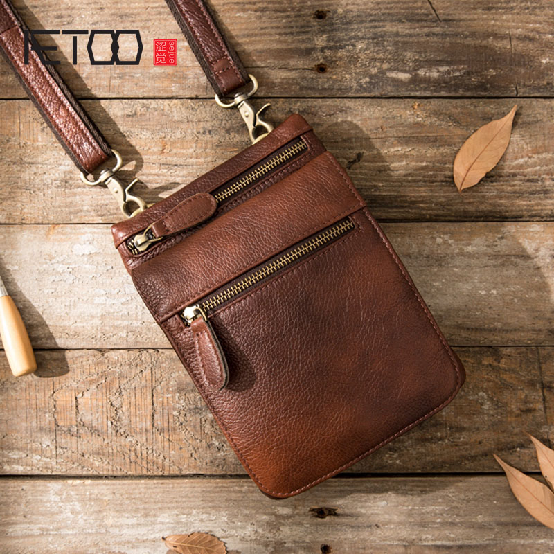 AETOO New mobile phone pockets male handmade leather Messenger mini casual bag retro men shoulder diagonal package 2016 outdoor shoulder bag unisex nylon casual travel multi phone pouch messenger pockets bags new arrival diagonal package 1pcs