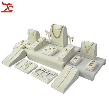 f4a483ad7412 23 piezas de joyería de madera fina mostrador caja Beige terciopelo anillo  soporte pendiente colgante collar muestra caso conjunto