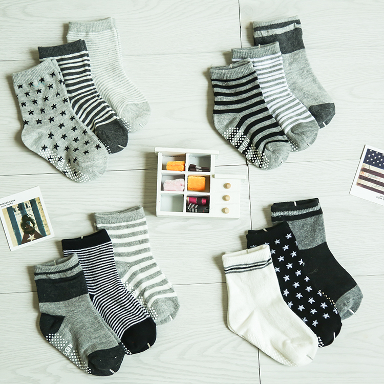 12 Pairs/lot Mix Color Free Sizes For 0 ~ 3 Years Children Non-slip Dot Socks Baby Infant SockscTWS00010