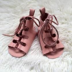 Оптовая продажа 100 пар/лот Лето Натуральная кожа детские Сандалеты мягкой подошвой на шнуровке для маленьких девочек сандалии-гладиаторы