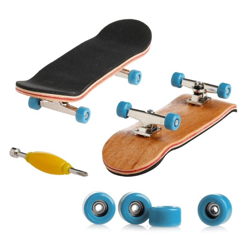 1 Набор деревянный скейтборд с коробкой, Детская колода, спортивная игра, подарок клен, новинка, пальчиковая игрушка для взрослых детей, 6 цветов - Цвет: light blue