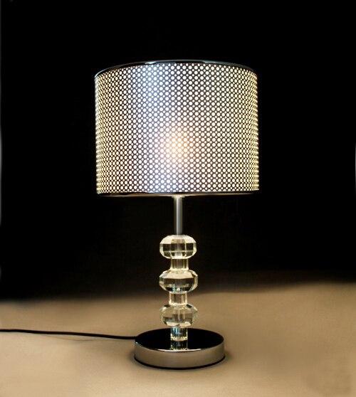 Специальный k9 Настольная лампа из хрусталя современный Спальня прикроватная лампа E27 Светодиодная лампа подарок модные Простые личности блестящие настольные лампы SJ44