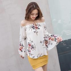 Morrowwind с открытыми плечами Цветочный принт блузка Для женщин девять четверти Flare рукавом белая рубашка Повседневное blusas дамы летние топы 2018