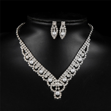 Classic Costume Design Simulated Pearl Drop Earring Wedding Jewelry Sets Fashion Crystal Necklace Copper Alloy