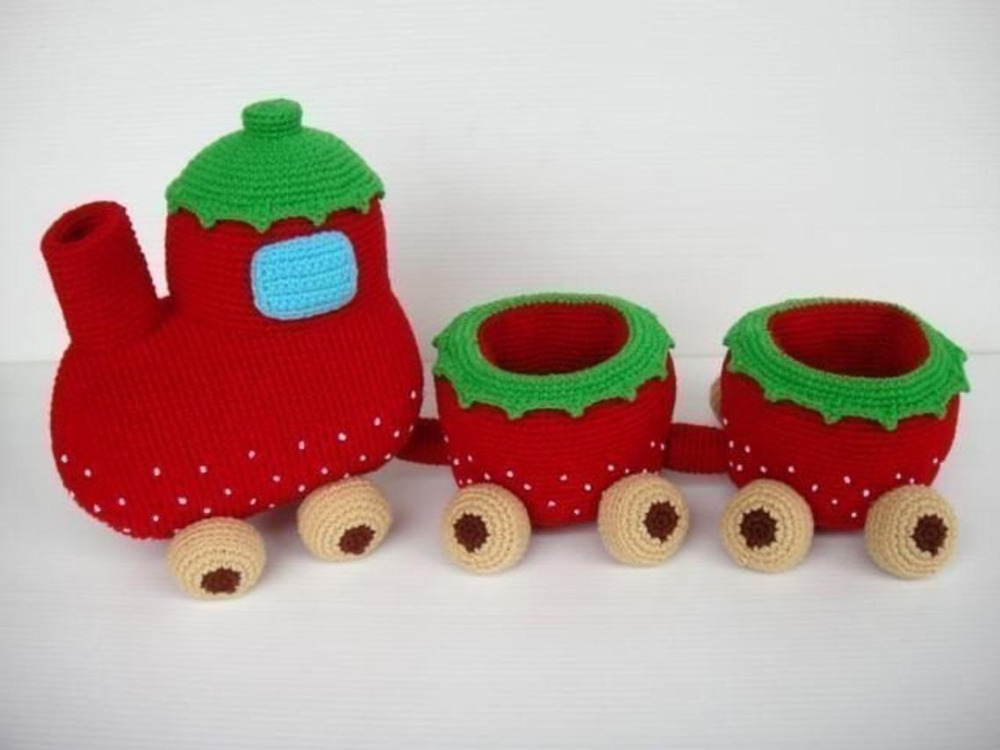 crochet toys  amigurumi  rattle strawberry train  model number w15769