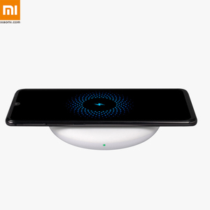 Image 2 - Xiaomi Original Wireless Charger 20W Max Qi Smart Quick Charge Type C Fast Charger for Xiaomi Mi 9 mi9 MIX 3 Smartphone