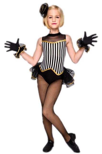 the new children's costumes jazz dance performance