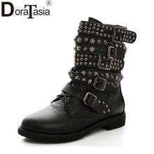 Doratasia/Большие размеры 35–43 Для женщин ковбойские ботинки в стиле панк Заклёпки Обувь женщина два Вид снаружи армейские мотоциклетные Ботильоны