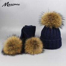 Шапка для шапочки для девочек с помпоном, теплые вязаные с помпоном из меха, набор шапок и шарфов, натуральный енот, роскошные меховые помпон...