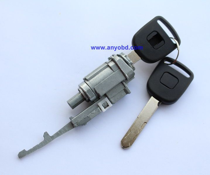 service manual  2005 honda civic key lock cylinder removal