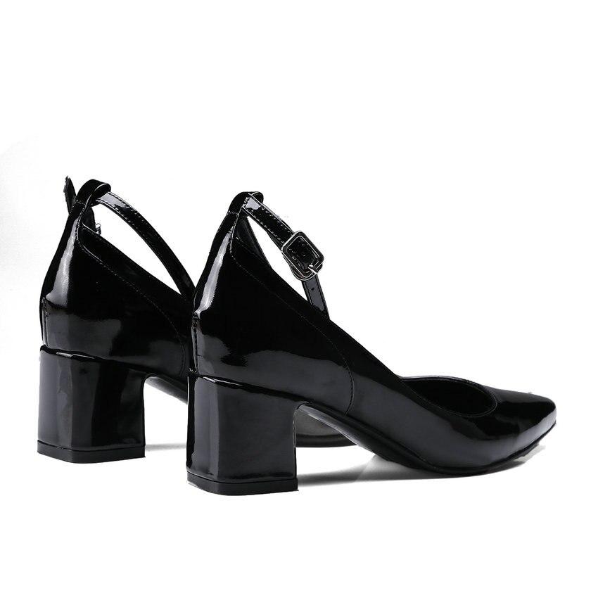 Carré Pointu Bout Med Qutaa Taille Véritable 39 34 burgundy Dames Brevet Boucle Cuir Casual Noir Talon 2018 Femmes En Noir Chaussures Pompes fwq70fA