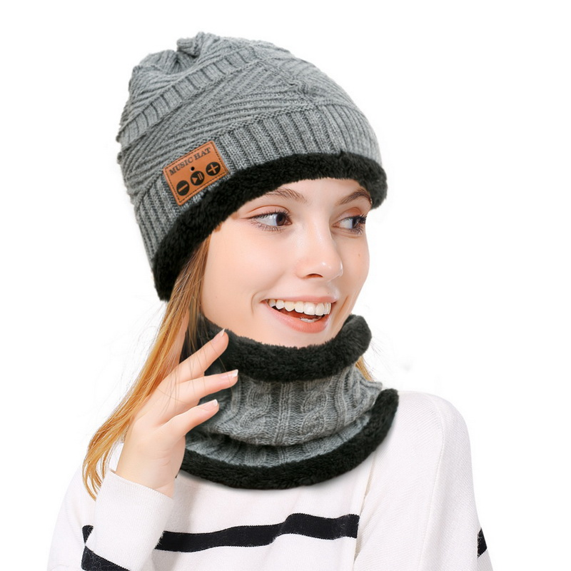 Men Women Bluetooth Hat Free Wireless Hat Knit Cap Headphone Winter Warm Hat Warmer Kit Set
