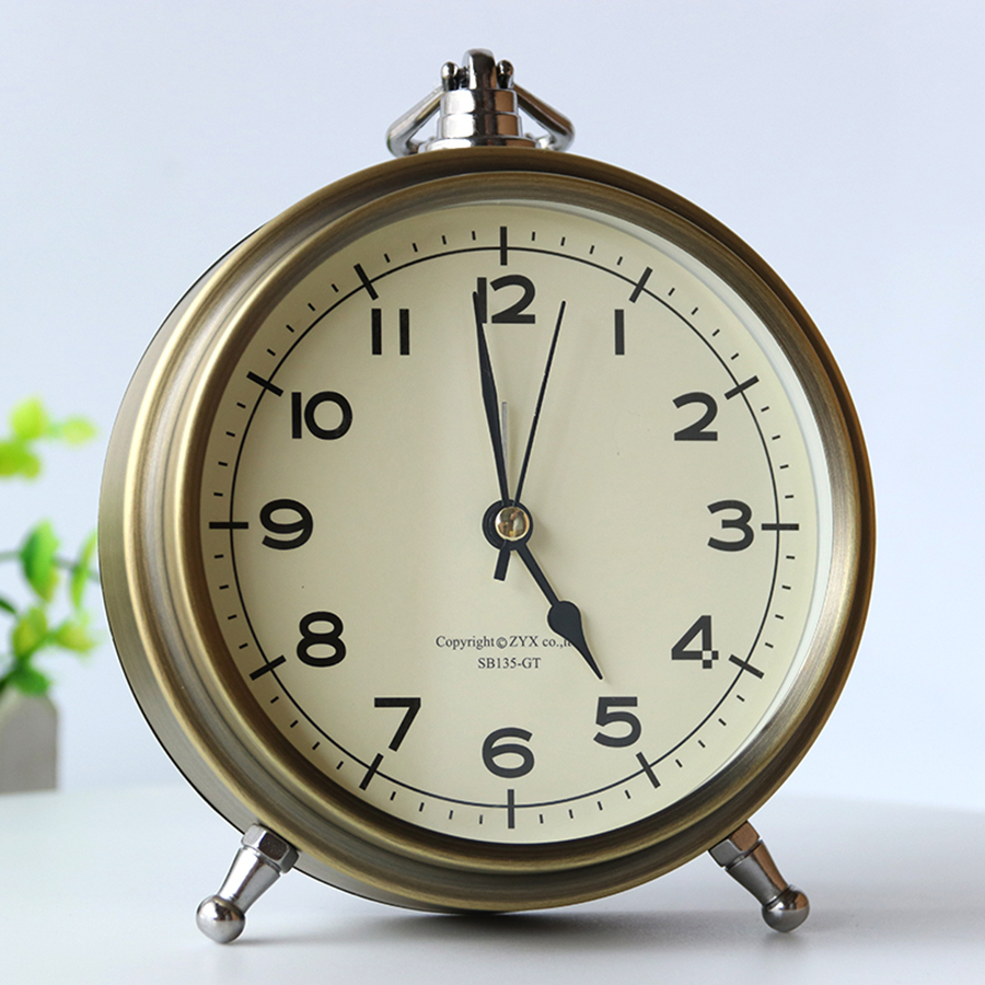 Super Loud Vintage Alarm Clock Metal Simple Nordic Wake Up Light Night Desktop Big Digital Clock Mechanism Mesa De Som 40N0104