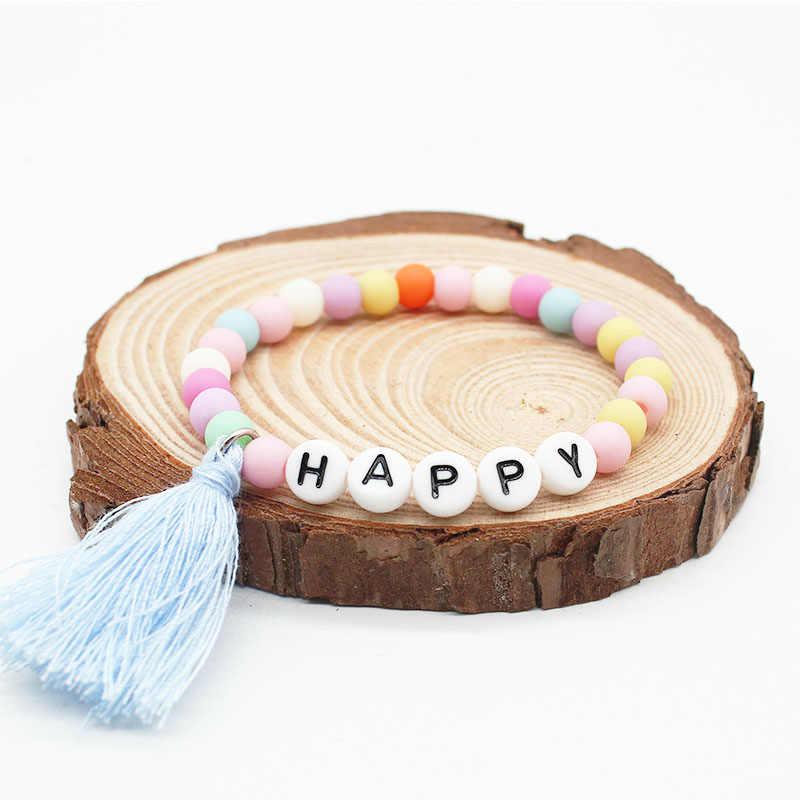 ISINYEE ファッションキャンディーカラー樹脂ビーズレタータッセルブレスレットガールズボーイズインスピレーション子供ブレスレット子供の日ジュエリー