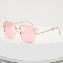 2019 Sunglasses Women New Metal Square Thread Chain Lady Personality Europe and America Sunglass Party Eyewear Gift