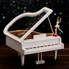 Rotation Piano Cranked Music Boxes Plastic Hand Crank Movement Ballet Dancing Carousel Box caixa musica Gift