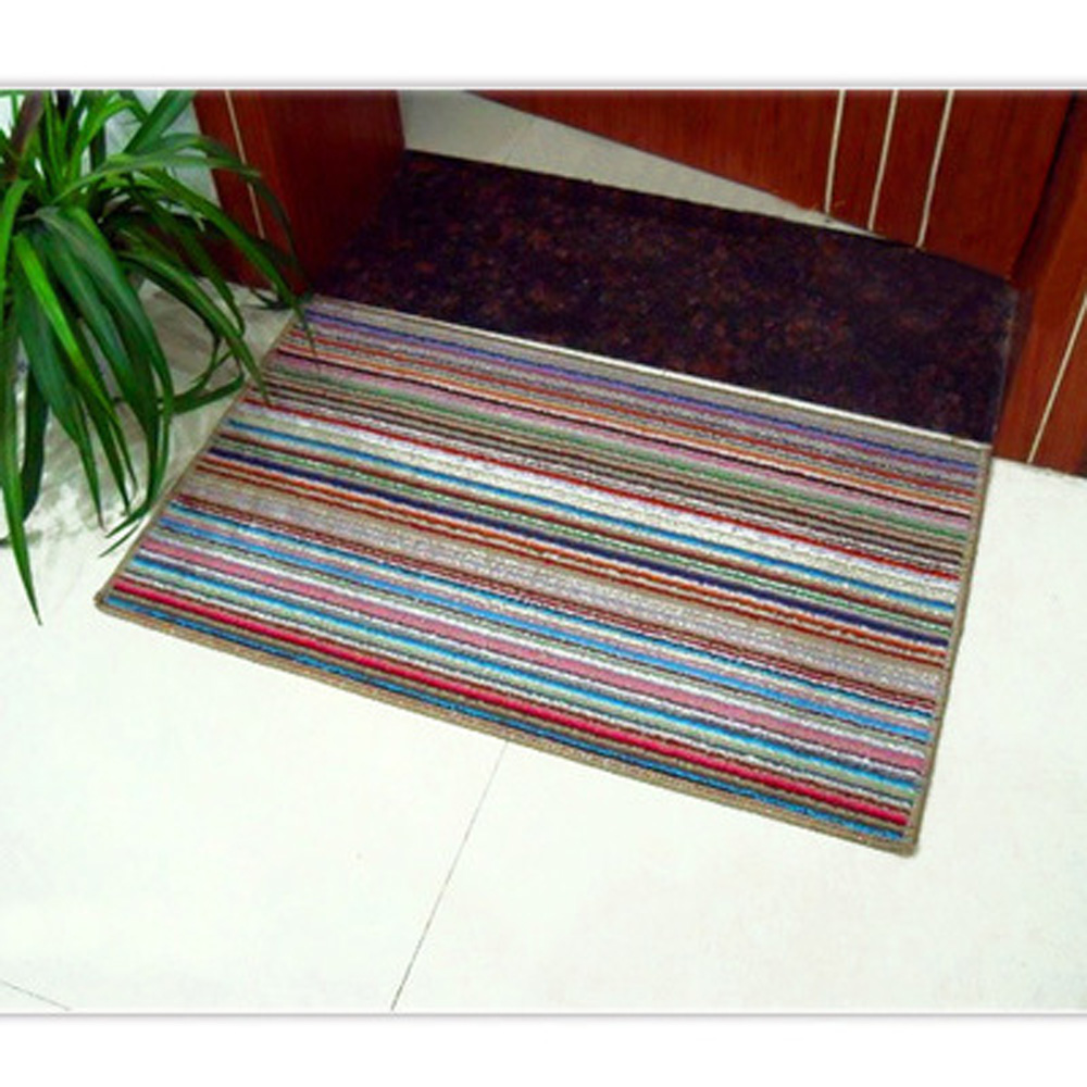 Colored Stripes Rushed Rugs Non Slip Clean Mat Front Carpet Door Mat Kitchen Bathroom Bath Mats Absorbent Non Slip Mat 35* 54 CM