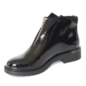 Image 2 - XAXBXC 2019 Retro British Winter Black PU Leather Zipper Brogues Short Ankle Boots Warm Women Boots Handmade Casual Lady Shoes