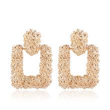 Kolczyki Vintage dla kobiet kolor złoto geometryczne oświadczenie kolczyk 2018 tekstury metal Drop kłoszenia wiszące biżuteria moda tanie tanio Drop Earrings Trendy FNQUFUJ Stop cynkowy Geometric earrings Okrągłe