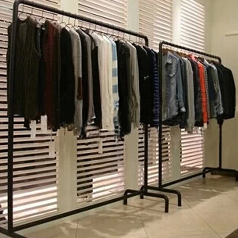 simple clothes rack