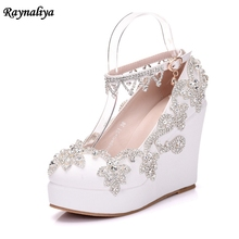 Rhinestone Wedge Heel Wedding Bridal Shoes Fashion Handmade Prom High Heels Crystal Round Toe Fashion Nightclub Pumps XY-A0052 цены онлайн