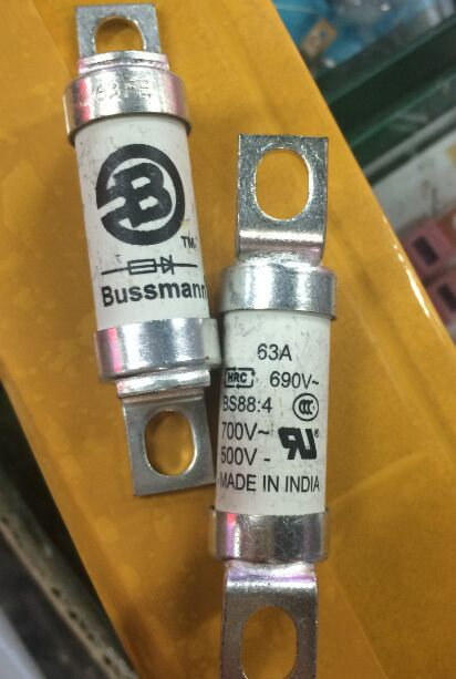 BUSSMANN 100FE 690V  100A  Ceramic fuse Glass ,British style BS88 ,new and original yn e3 rt ttl radio trigger speedlite transmitter as st e3 rt for canon 600ex rt new arrival