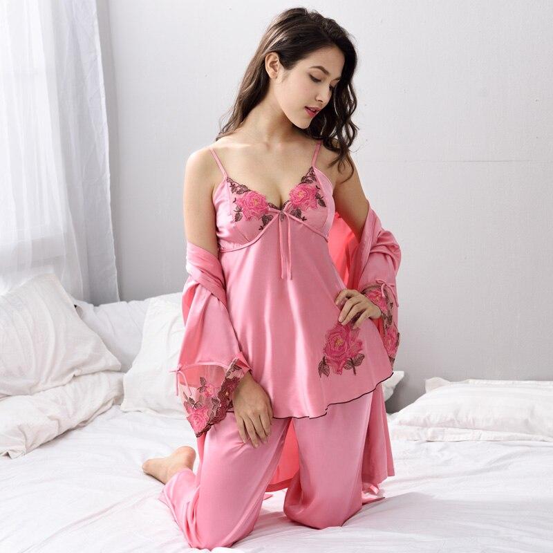 Pyjamas ensembles Sexy Satin vêtements de nuit en soie femmes trois pièces Pijama Feminino décontracté maison vêtements kigurumi X8304