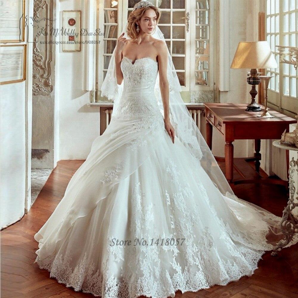 Vestido de Casamento Ball Gown Wedding Dresses 2017 Lace Unique Design Wedding Gowns Low Back Brush Train Bride Dress Trouwjurk