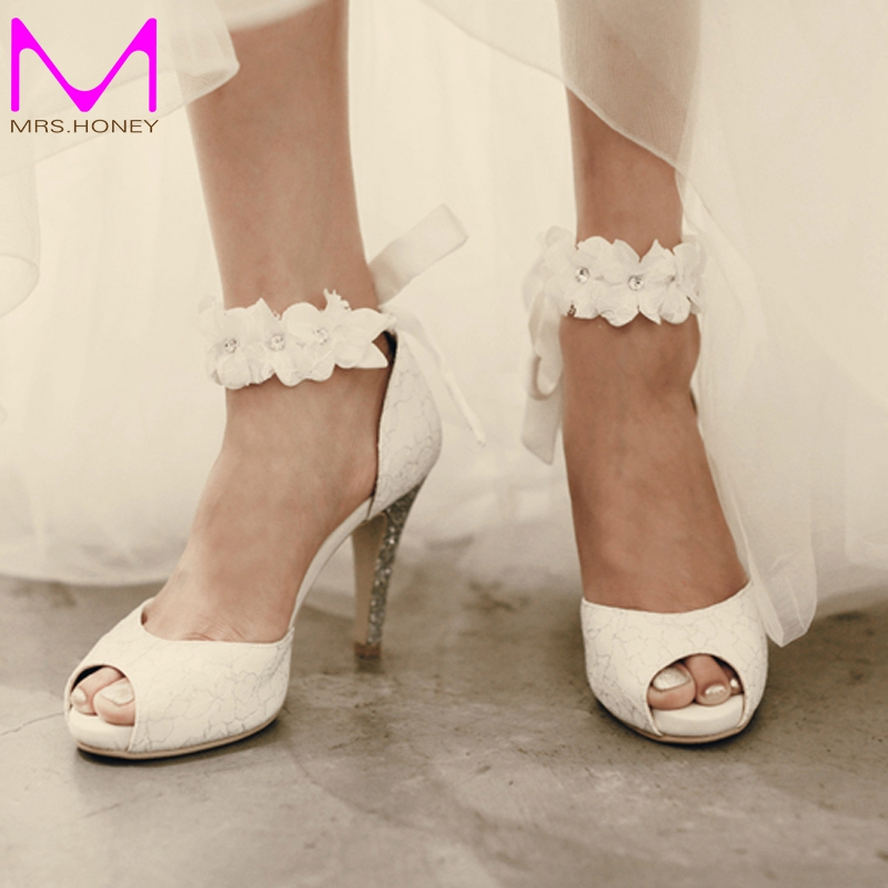цена на Peep-toe Lady Formal Dress Shoes Women High-heeled Shoes Beautiful White Lace Wedding Bridal Party Prom Shoes Pageant Pumps