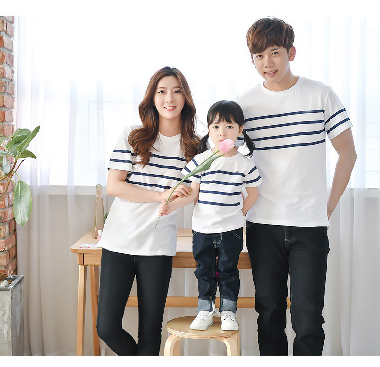 New casual parent child wear a family of three cotton striped short sleeved T shirt cotton thin section comfortable family in Matching Family Outfits from Mother Kids