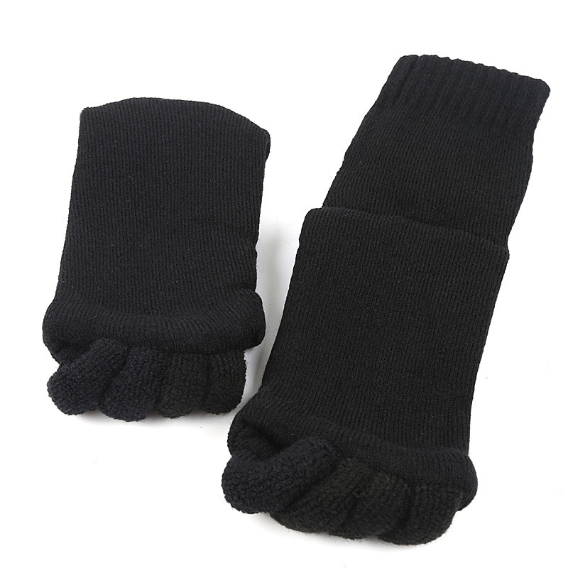 1Pair Foot Massage Five Toe Socks Fingers Toe Separator Foot Pain Relief Socks Foot Care Pedicure Hallux Valgus Corrector in Foot Care Tool from Beauty Health