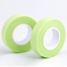 high quality Japanese grafted eyelash isolation tape with holes breathable comfortable sensitive resistant easy to tear eye pad