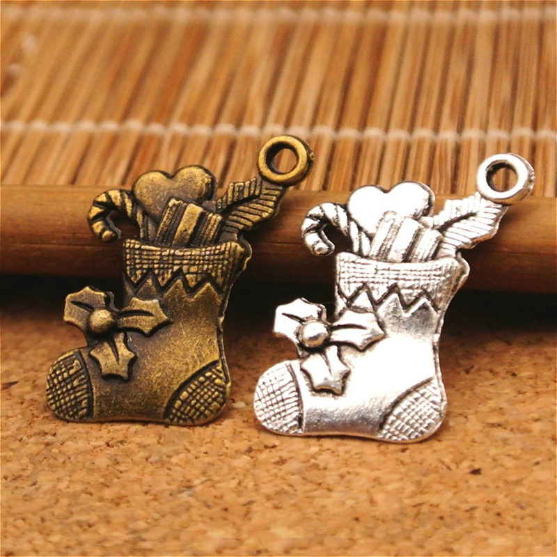 Vintage Ancient Silver Bronze Christmas Socks Pendant Charms Jewelry DIY Accessories For Handmade Key Chains,Bracelets Making
