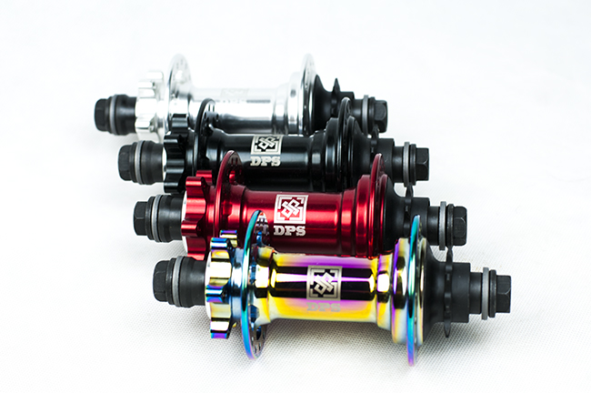Dirt jump-MTB hubs 32h 120 points of engagements 5 presion bearings 9T 7075-T6 heartreated made in Taiwan(China)
