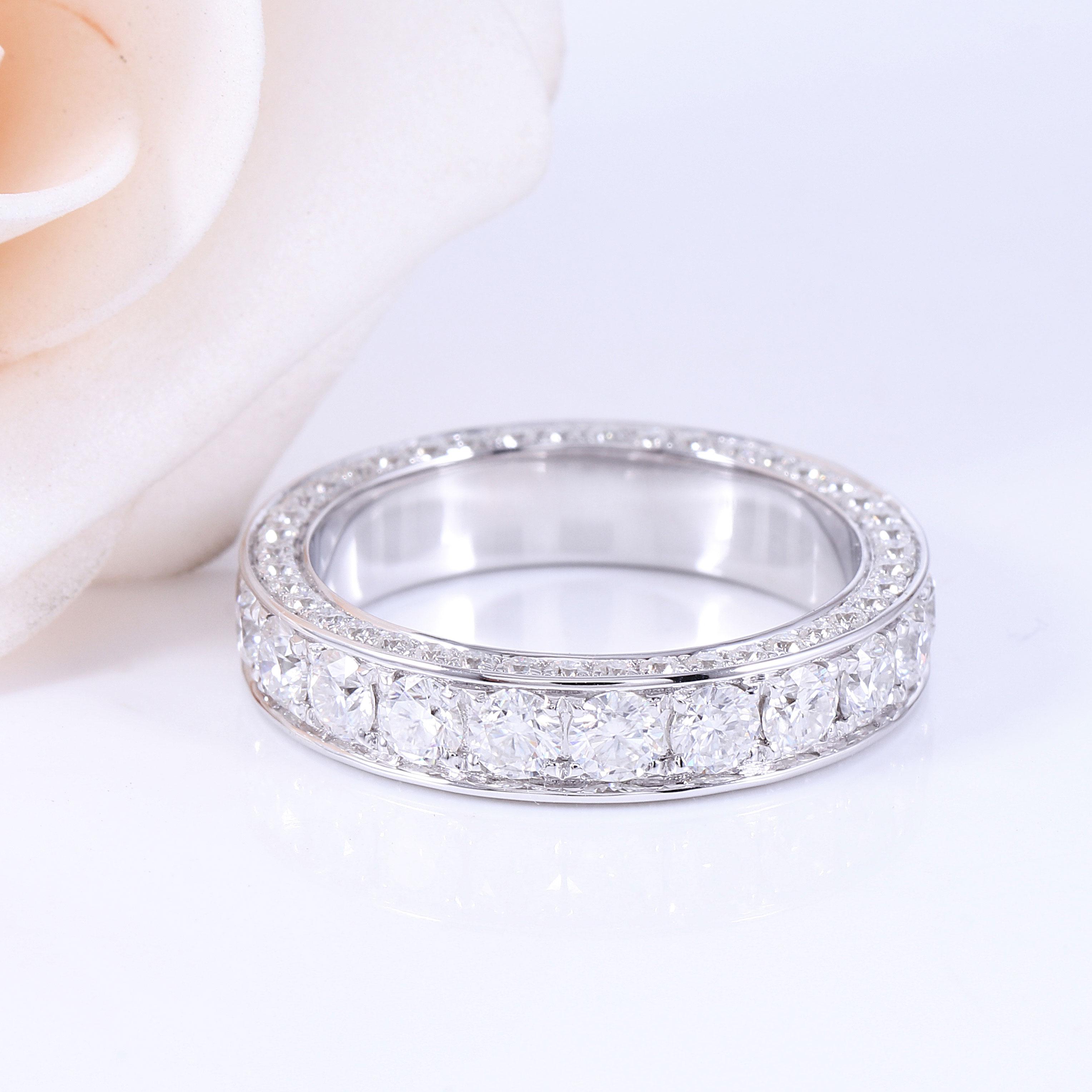 Transagems 14K białe złoto F kolor Moissanite wieczność rocznica Wedding Band pierścionek zaręczynowy dla kobiet i mężczyzn biżuteria w Pierścionki od Biżuteria i akcesoria na  Grupa 2