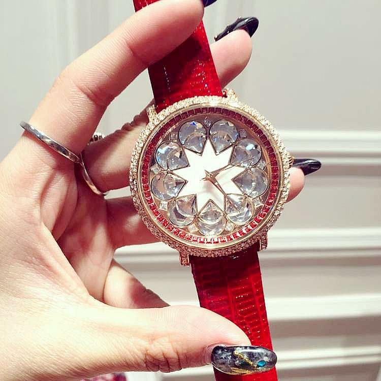 Hot Luxury Brand Ladies Diamond Quartz Watch Fashion Rhinestone Women Casual Watches Leather Clock Female Wristwatch Reloj Mujer