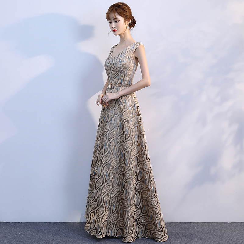 833bdd2c86 It s Yiiya V neck Pattern Gold Floral Lace Up Elegant Evening Dresses Floor  Length Party Gown Evening Gowns Formal Dresses LX195-in Evening Dresses  from ...