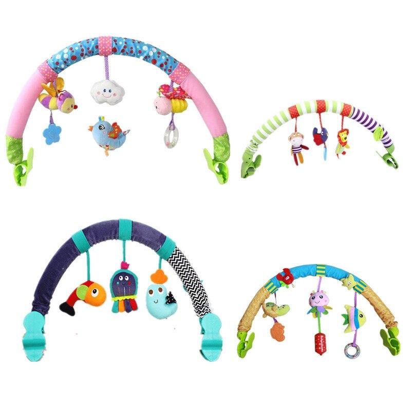 Heißer verkauf schöne Kinderwagen Drehmaschine Autositz Kaninchenbett Hängen spielzeug baby spielen Reise neugeborenen baby Spielzeug pädagogisches rasseln mobil