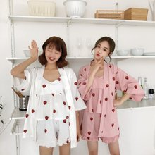 купить Korean Style Women's Sleepwear Strawberry Print Spaghetti Strap Cami   Shorts   Robe Pajama Three-Pieces Sets по цене 1259.63 рублей