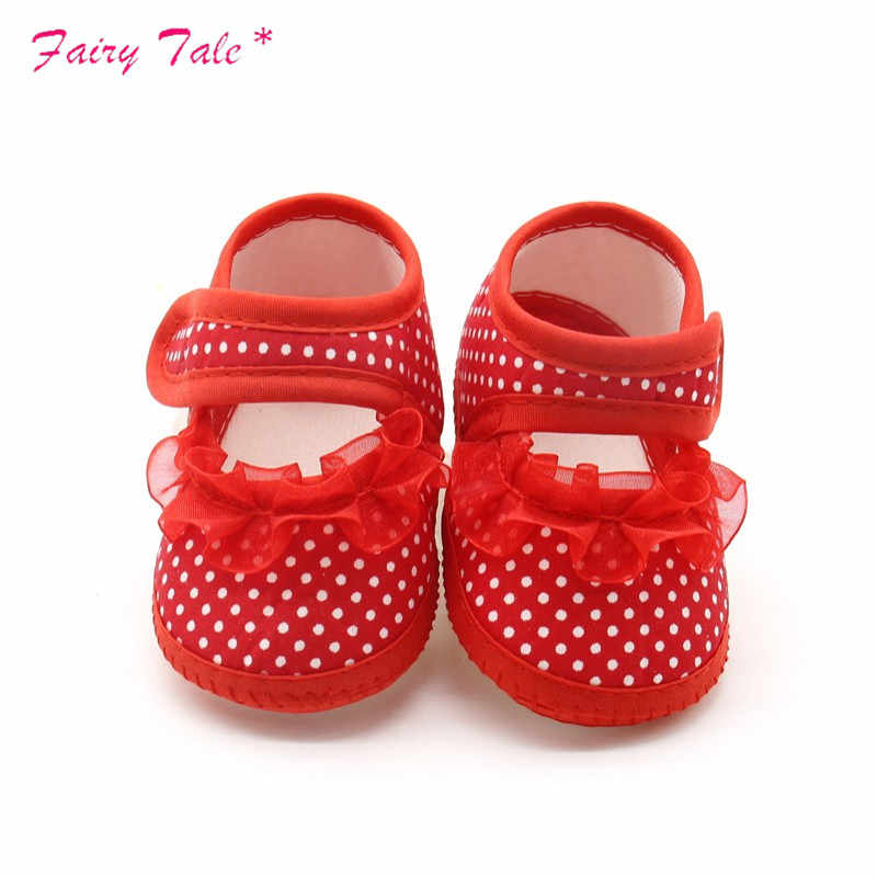 Baby Shoes Lace Autumn Newborn baby boy Girls Booties Polka Dot infant Baby Shoes Moccasins Newborn Girls Booties for Newborn
