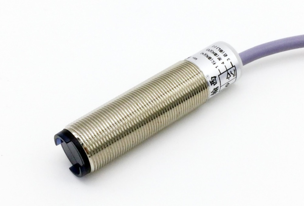 Capteur de déplacement analogique optoélectronique 20-200 MM M18 0-5 V/0-10 V/4-20mA capteur de proximité de mesure de distance de déplacement