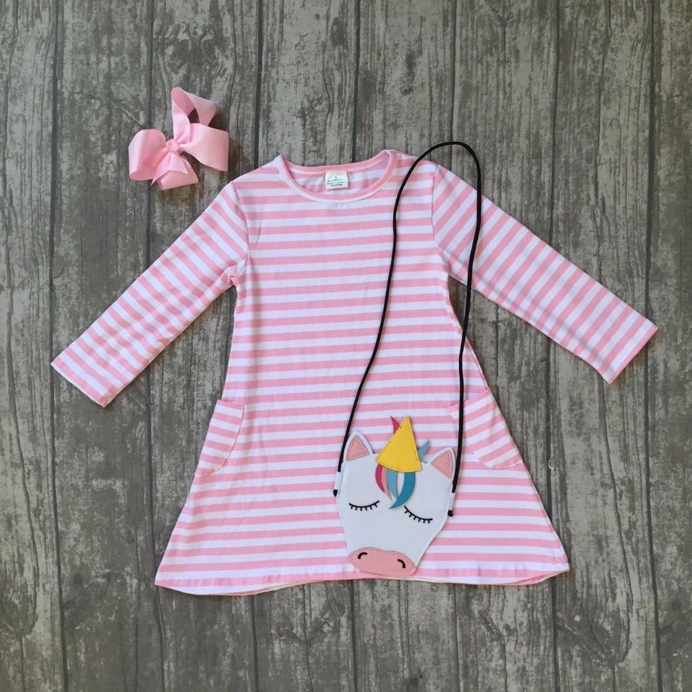 Новые поступления Весна для маленьких девочек хлопковые полосатые розовый карман платье с длинными рукавами детская одежда матч с Единоро...