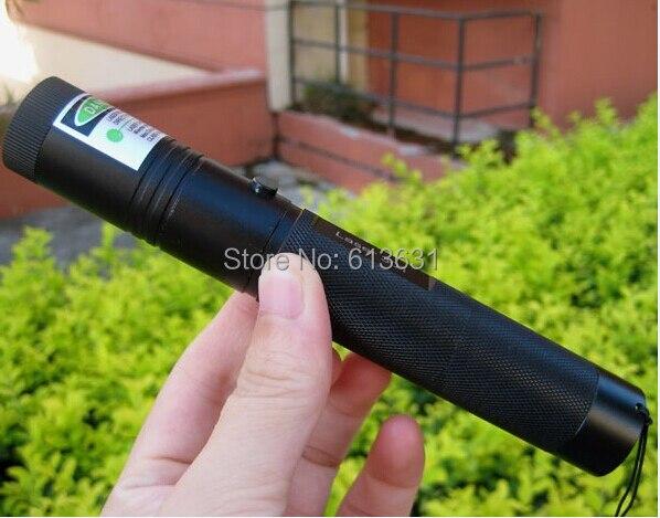 Hot! vert pointeurs Laser 10000 m 532nm Haute Puissance Lazer Brûler Présentateur Graver Matchs et Léger des Cigarettes + Safe key