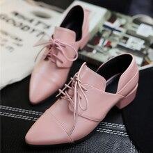 หนังแท้ของผู้หญิงลูกไม้ขึ้นแฟลตO Xfordsยี่ห้อออกแบบชี้นิ้วเท้ารองเท้าหญิงรองเท้าที่มีคุณภาพสูงสำหรับผู้หญิง