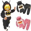 2 ШТ. Бэтмен набор Младенца Хлопка Мальчиков Одежда Мода Набор Детей Толстовки + Брюки Сгустите Теплый Одежда Baby Girl Одежда 2016 Новый