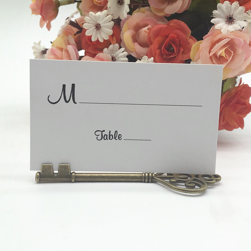 100pcs lot Wedding Favors Antique Bronze Skeleton Key Place Card Holder with Matching Place Card Wedding
