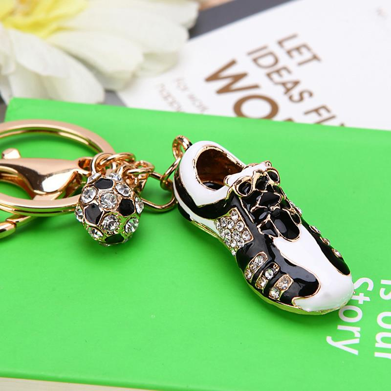 Fashion Gifts Football Shoes Key Chain Car Accessories To Send Boyfriend Men Cute Bag Buckle Hanging In Rings From Automobiles Motorcycles