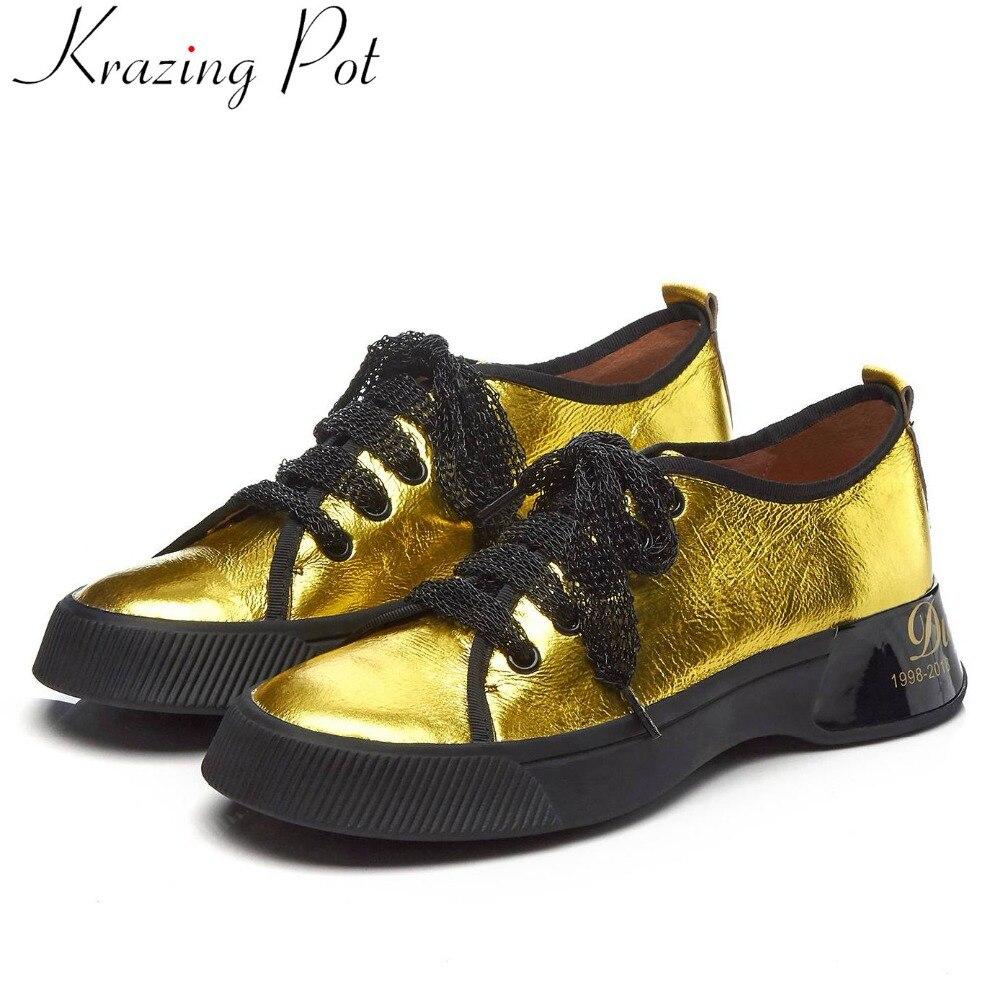 2019 wiosna marka specjalne krowy skórzane okrągłe toe sznurowane buty sportowe grube dno zwięzły styl na co dzień nosić buty wulkanizowane L11 w Damskie buty z gumową podeszwą od Buty na  Grupa 1