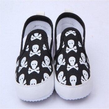 Весна и Осень Первый Ходунки Детская Обувь Прохладный Череп Противоскользящие Ходунки Малышей Обувь 0-12 Месяцев